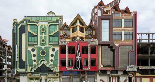 Невероятные дома, которые строят богатые индейцы в Боливии