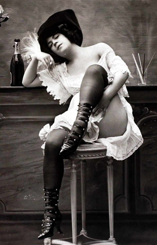 Ретро фото проституток сниму проститутку якутск