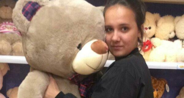 «Бояться было некогда, от меня зависели их жизни»: 15-летняя чудо-девочка с Камчатки спасла из пожара 5 детей и 2котов