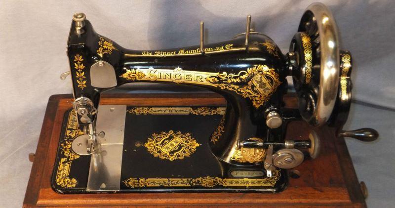 Охота за швейными машинками, или Зачем антикварам бабушкин «Зингер» фото