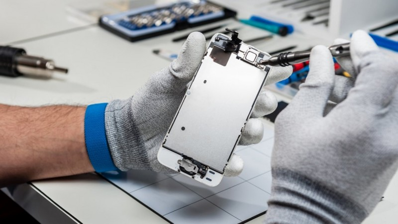 В сломанном мобильном телефоне сервис не выявил поломки что делать