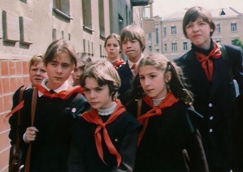 «Гостья из будущего»: актеры фильма тогда и 33 года спустя фото