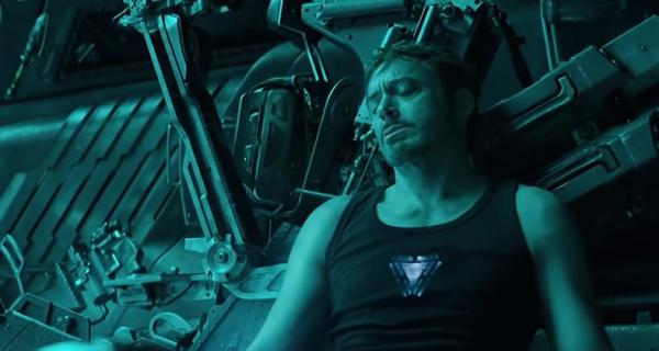 Поклонники вселенной «Марвел» просят NASA, Роскосмос и Илона Маска спасти Тони Старка