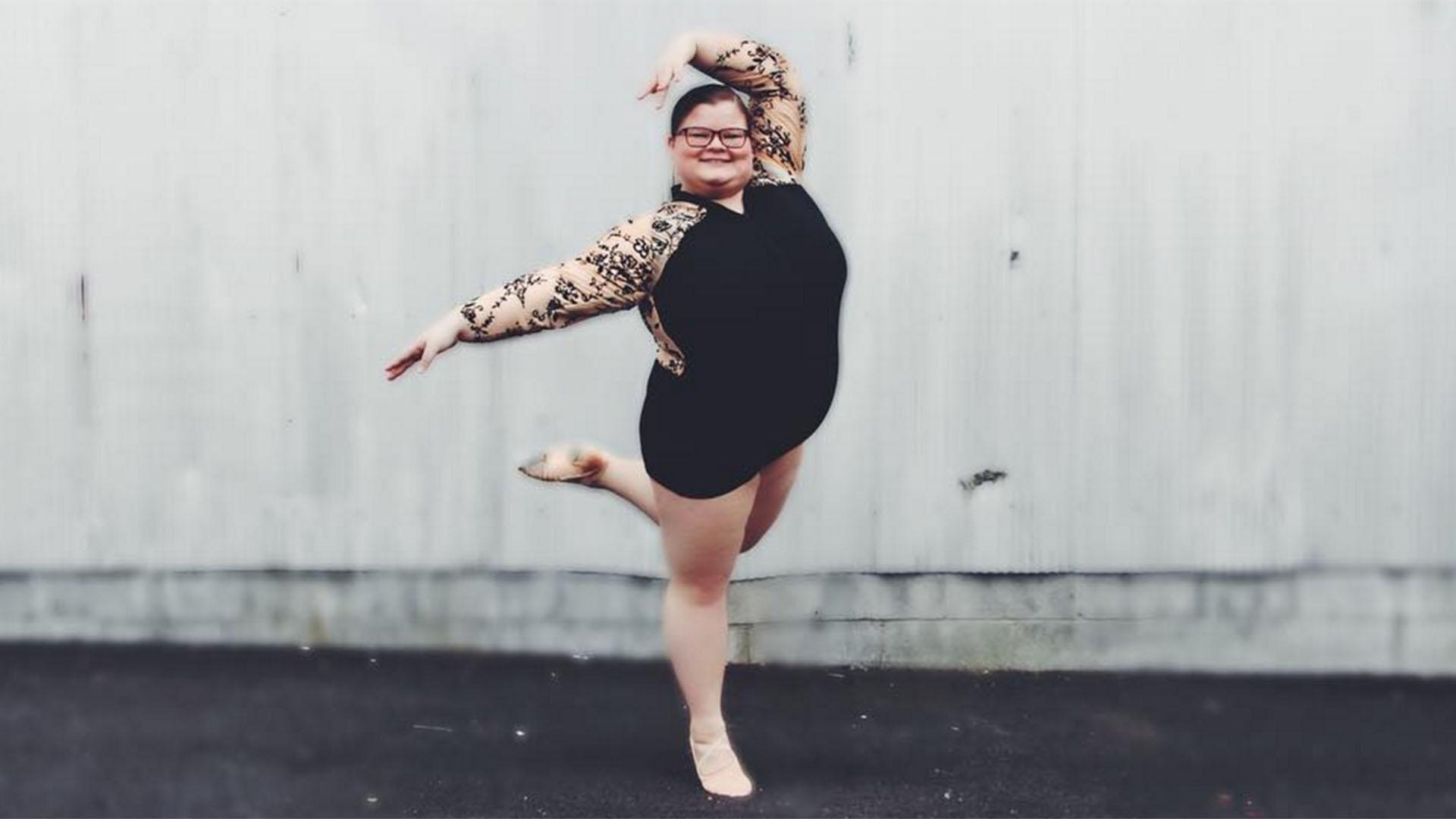 kolgotkah-nebritie-seks-s-professionalnoy-balerinoy-ogromnogo