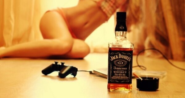«Пить или не пить?»: как разные виды алкоголя влияют на сексуальные возможности