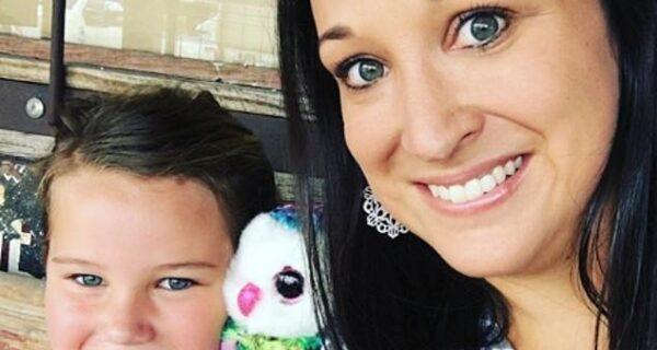 Шанс на жизнь: девушка выжила в утробе после аборта, сделанного ее 13-летней матерью