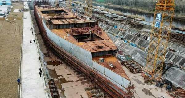 Новый «Титаник» китайского производства спустят на воду через 3года