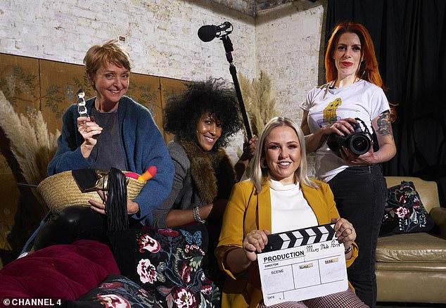 Порно для детей: британские мамы снимают XXX фильм, чтобы создать у своих чад позитивное отношение к сексу фото
