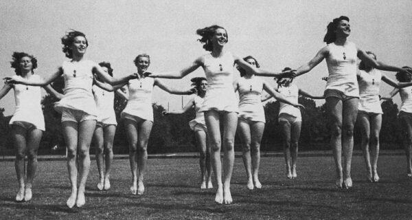 У нас секса не было, а у нацистов был: эротические фото Третьего рейха