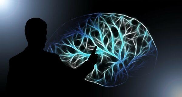 «Мысли шире»: ловушки мозга, которые мешают нам думать, и способы их избежать