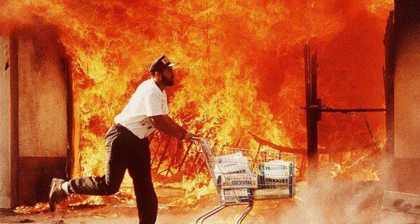 Лос-Анджелесский бунт: как происходило самое разрушительное восстание в истории США