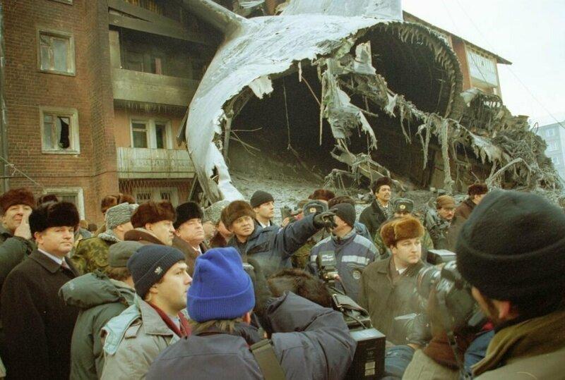 Разруха и разборки: российская провинция в лихие 90-е фото