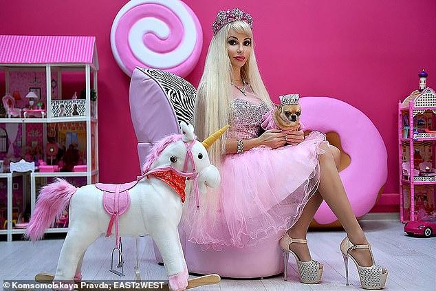 Русская Барби Таня Тузова: пять раз была замужем, тратила миллионы на кукол, но жалуется на одиночество фото