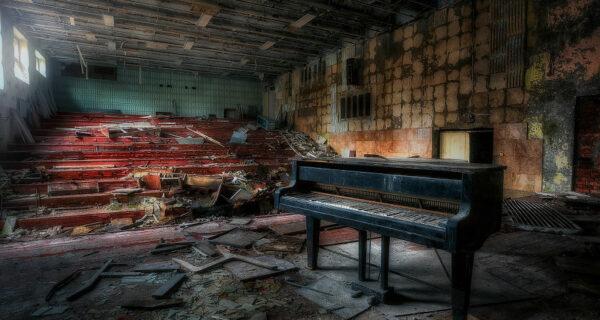 Завораживающие и жуткие фотографии Чернобыля и Припяти от Кристиана Липована