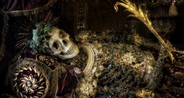 «Катакомбные святые» с Виа-Салариа: бойкий бизнес на драгоценных останках
