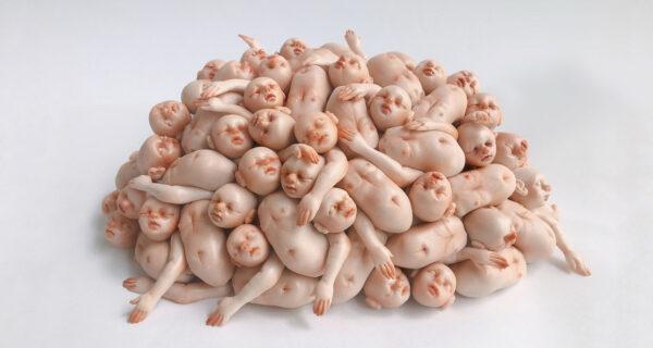 На грани милоты и ужаса: сингапурская художница создает необычные миниатюры