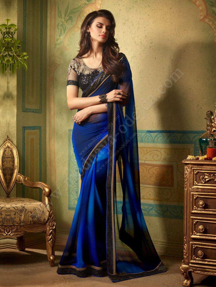 Индийское сари может быть самых разных цветов и оттенков