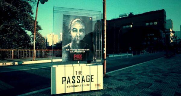Плакаты с изображениями вампиров стали загораться на глазах жителей Сан-Паулу