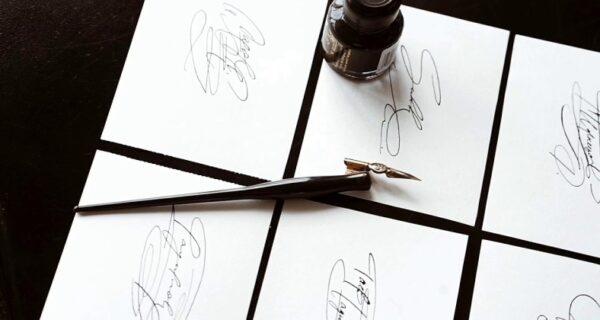 Парень из Красноярска разбогател, придумывая бизнесменам подписи
