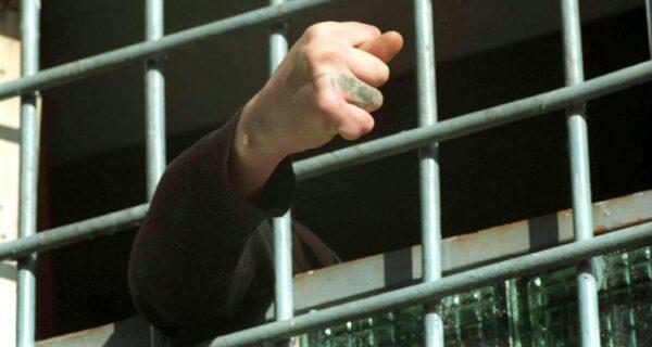 Тюменская VIP-хата за сотку в месяц, или Наш ответ европейским тюрьмам
