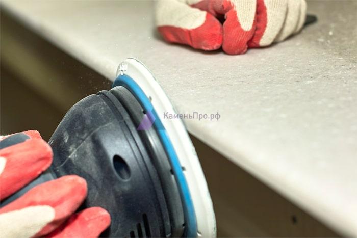 Шлифовка поверхности столешницы
