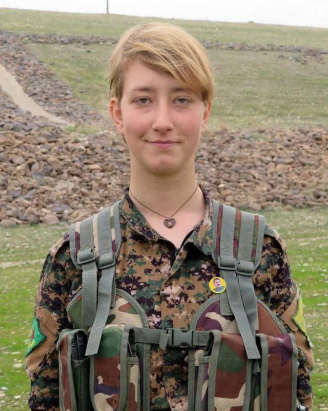 0FA0B5A1 E16C 4DCD B216 49378C081435 6835 0000015161DA4DDB 640x800 - Женщина, которая ушла воевать: отец узнал, как погибла его дочь, сражавшаяся в Сирии против ИГИЛа