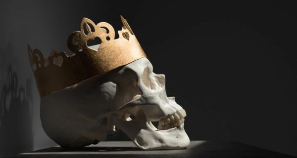 Задница карлика, дверной косяк и другие нелепые причины, из-за которых умирали короли