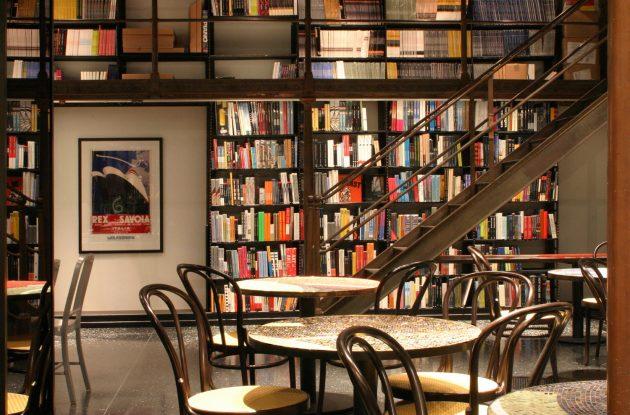 фишки кофейни - книги