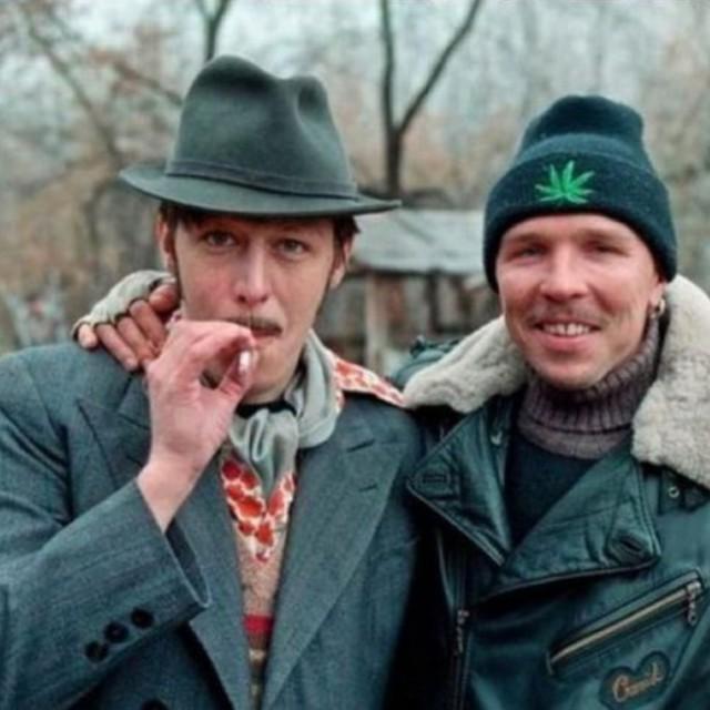Как выглядели российские знаменитости в 1990-х фото