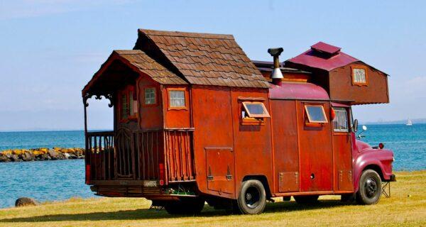 Дома-грузовики — диковатый, но милый пережиток эпохихиппи