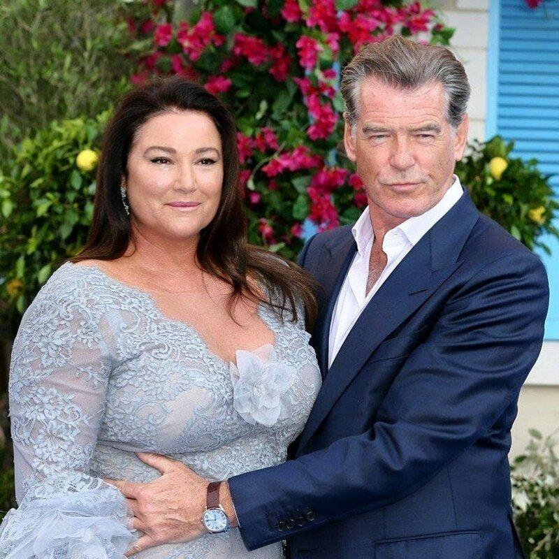 Пирс броснан с женой в молодости фото