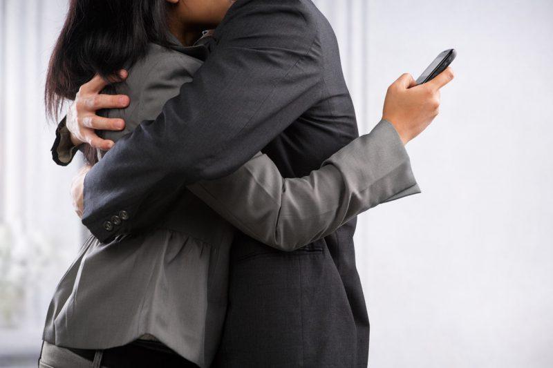 Женщина-сыщик, специализирующаяся по неверным супругам, поделилась секретами разоблачения