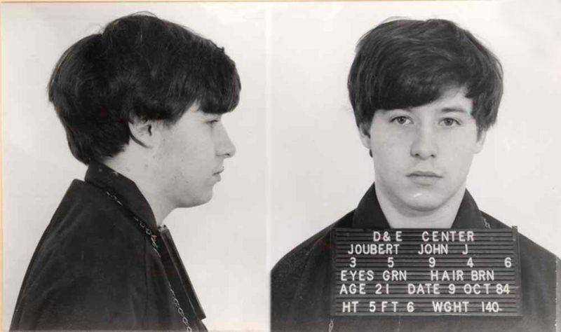 Джон Джуберт — серийный маньяк, из-за мучений которого отменили электрический стул