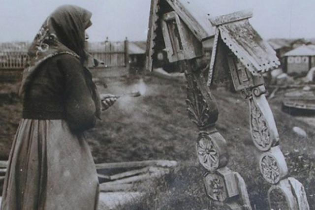 Почему церковь порицает «кресты с крышей», известные на Руси с древних времен
