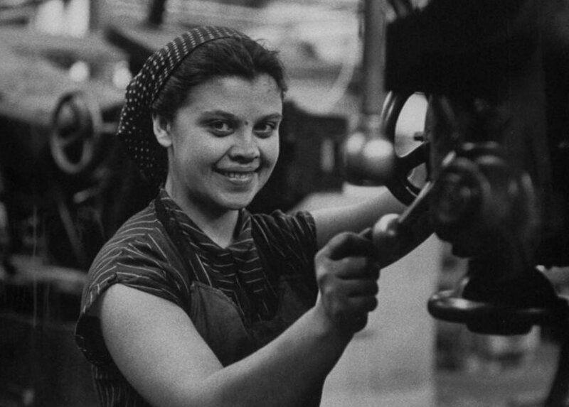 LisaLarsen00 - Простые москвички 1950-х глазами американки