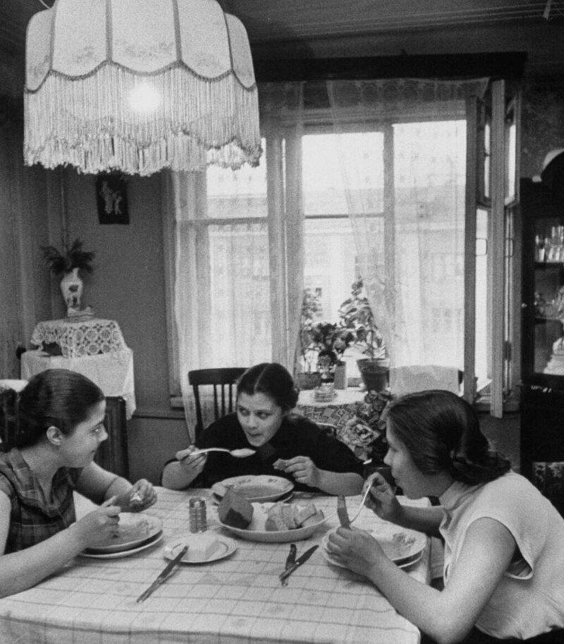 LisaLarsen05 - Простые москвички 1950-х глазами американки