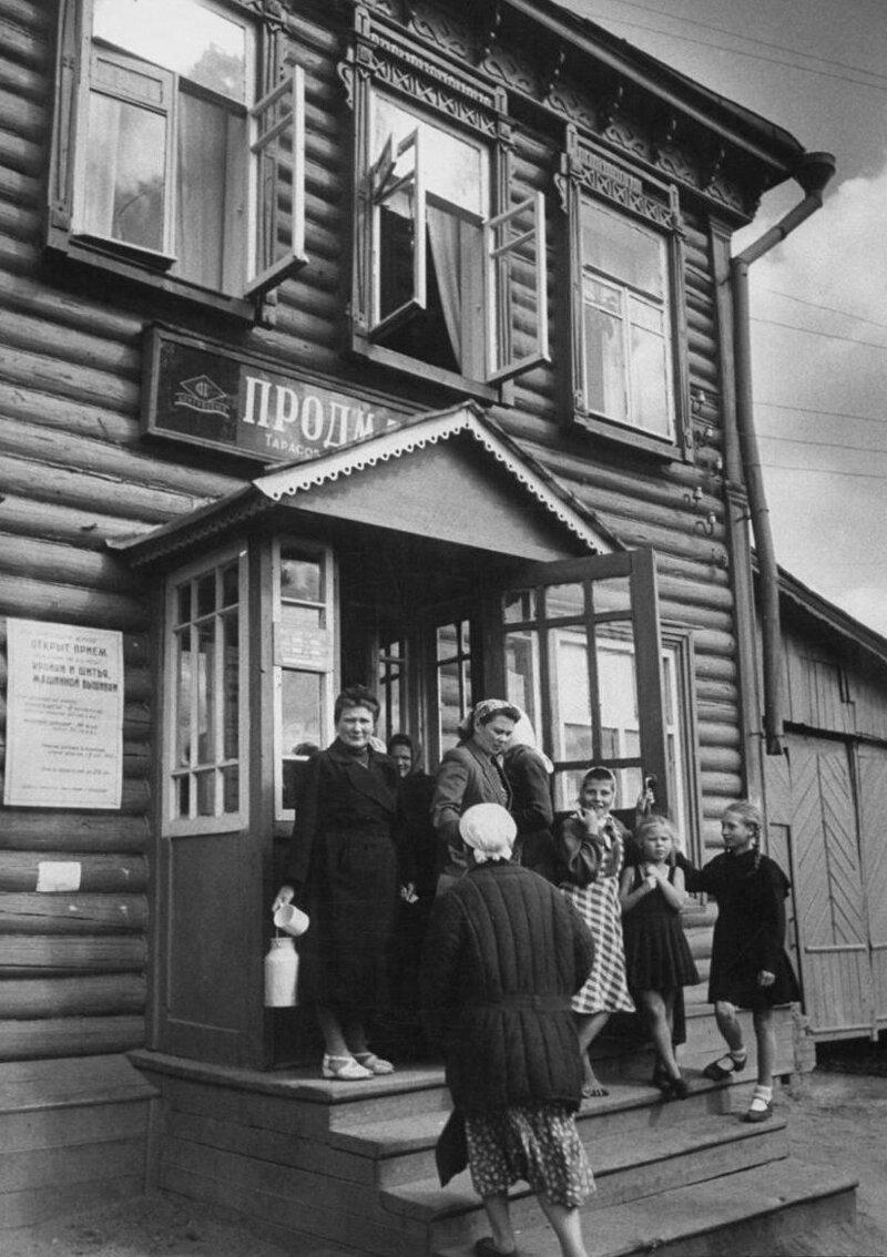 LisaLarsen11 - Простые москвички 1950-х глазами американки