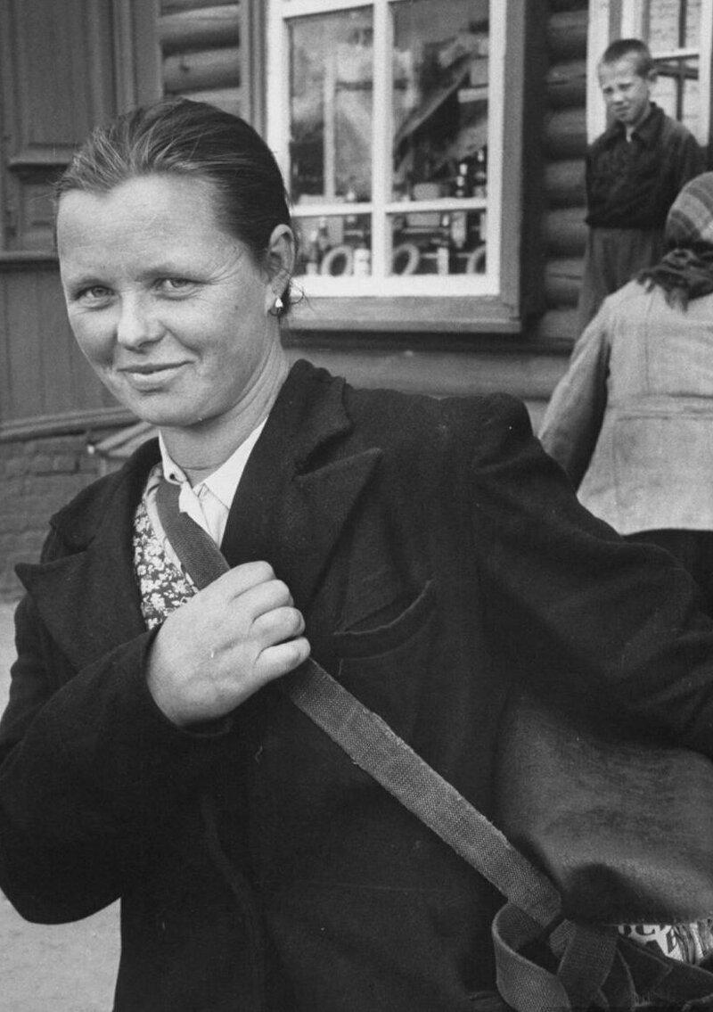 LisaLarsen21 - Простые москвички 1950-х глазами американки
