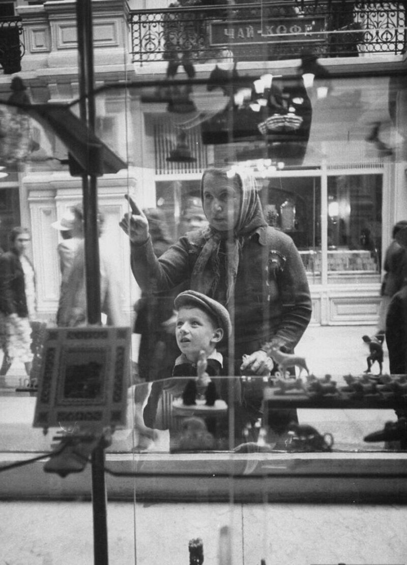 LisaLarsen36 - Простые москвички 1950-х глазами американки