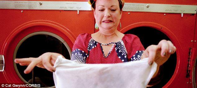 Грязный эксперимент: писательница не стирала одежду целый месяц, чтобы дольше