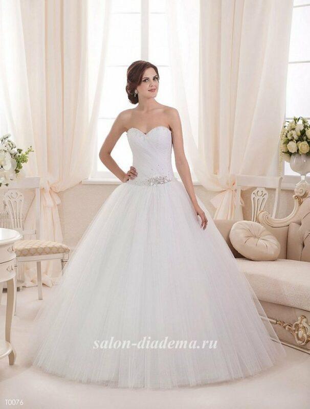 Свадебные платья до 10000