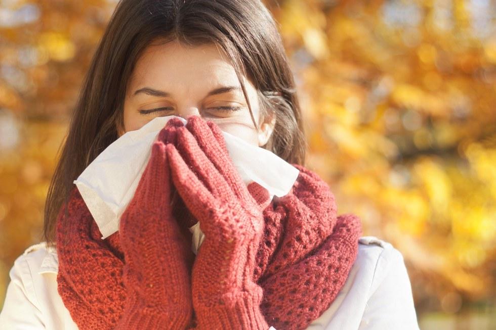10 лайфхаков, которые помогут вам не заболеть осенью фото