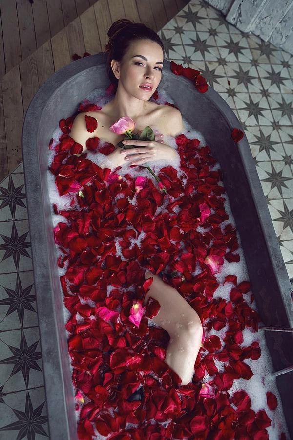 скорая полчаса, фото с лепестками роз на улице никогда задумывались над