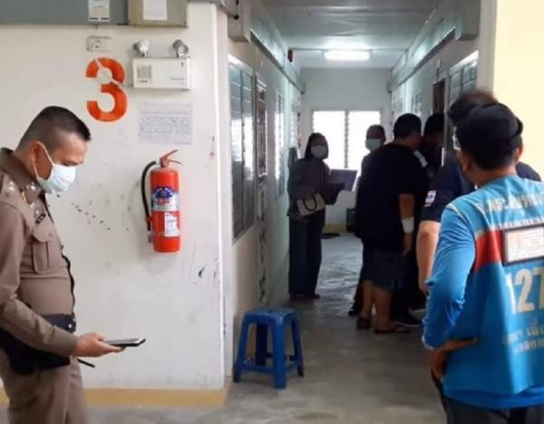 """Полиция Таиланда взломала двери """"ароматной"""" квартиры, но там был не труп БигПикча НОВОСТИ В ФОТОГРАФИЯХ"""