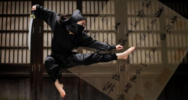 Студентка получила высшую оценку, сдав вместо контрольной по истории ниндзя чистый лист