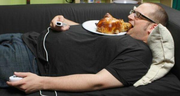 5 вредных привычек мужчин, не связанных с алкоголем и никотином