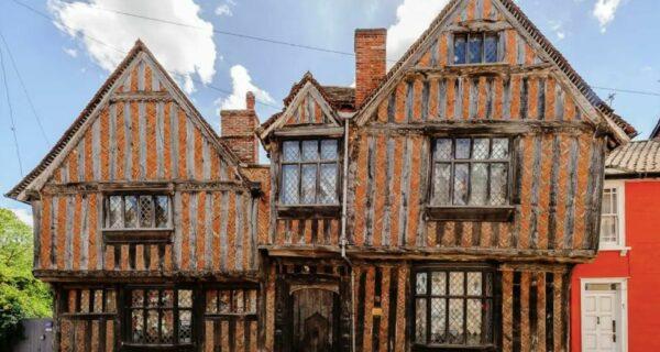 Хотите переночевать в доме Гарри Поттера? Airbnb в помощь!