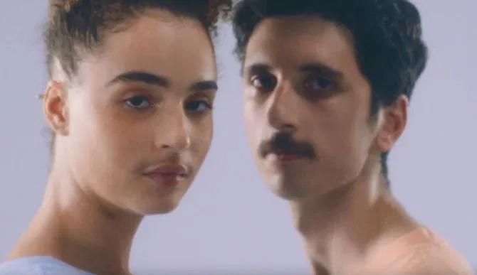 Брить или не брить — вот в чем вопрос: реклама, в которой снялись девушки с усиками, всколыхнула сеть