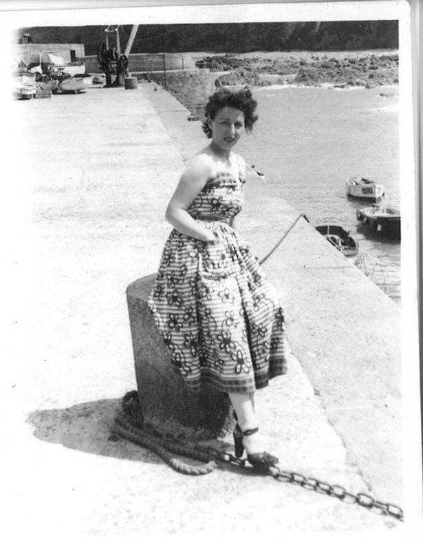 Щедрая душа: женщина, которая жила в скромном доме, завещала более миллиона фунтов родной деревне