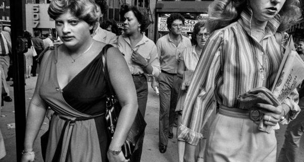 Черно-белая реальность Нью-Йорка 80‑х на фотографиях Брюса Гилдена